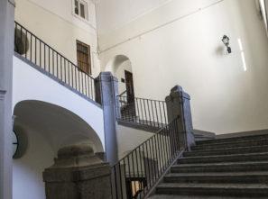 Ufficio Piazza dei Martiri, Napoli