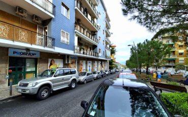 500 mq Via E.Nicolardi